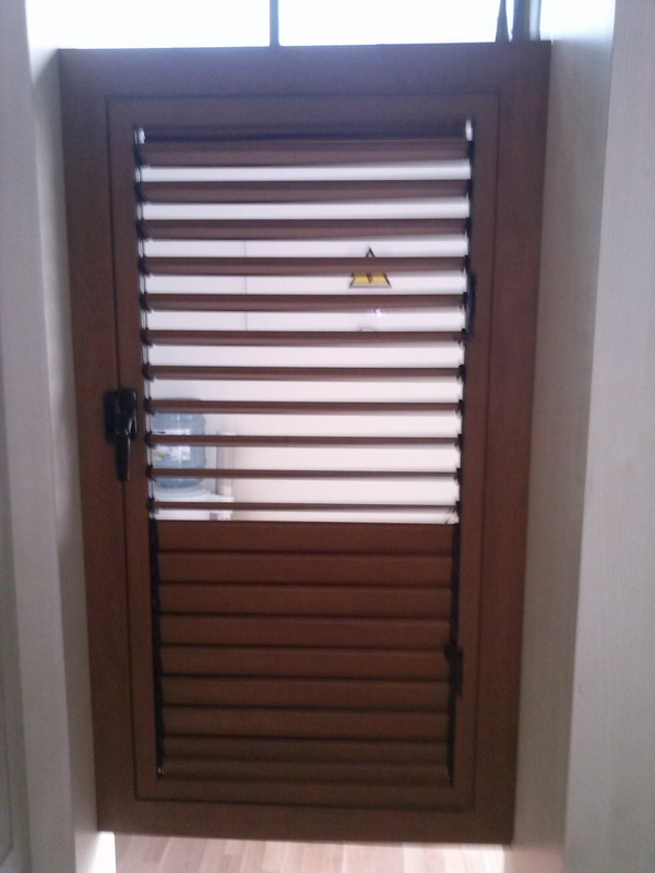 Example 3 Shutters